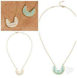 Stella & Dot Breezeblock Enamel Pendant Necklace